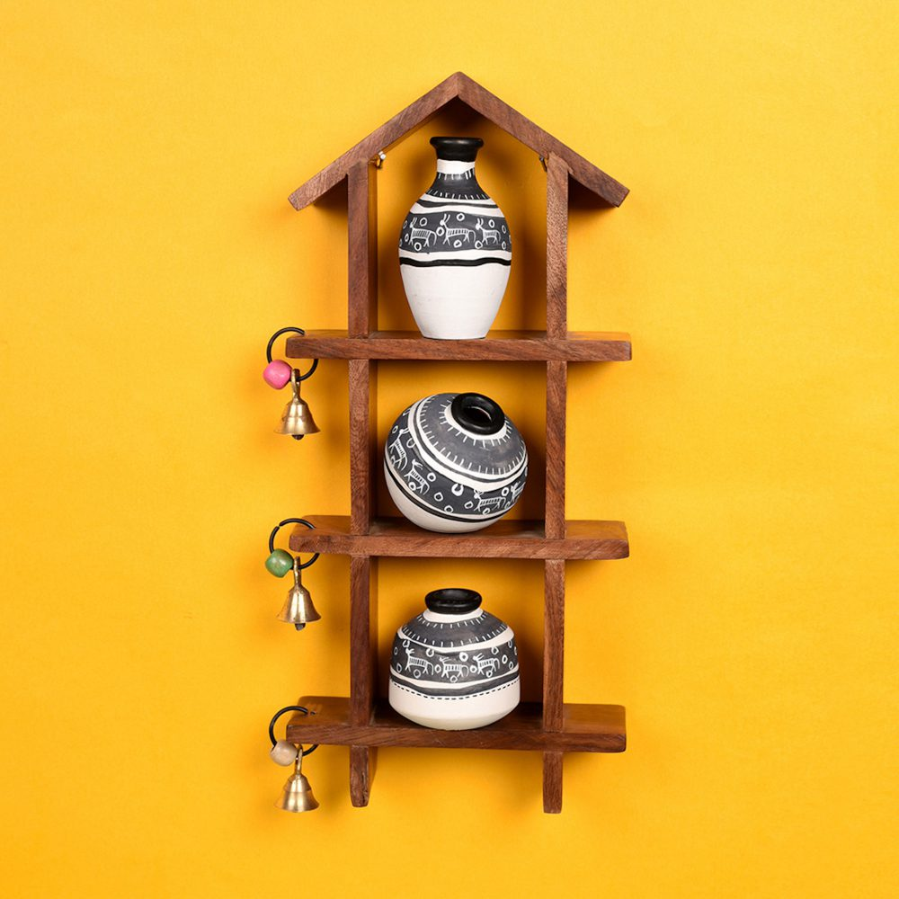 Wall Decor Ladder & 3 Handcrafted Warli White Pots  (6x2x13)