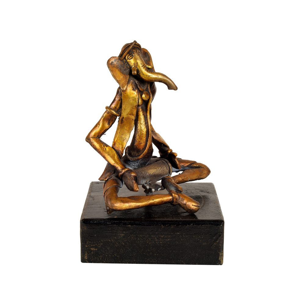 Ganesha Brass Sculpture handcrafted in Lost Wax Casting method (6x5x9)